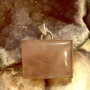Jewelry - Pink quartz crystal pendant